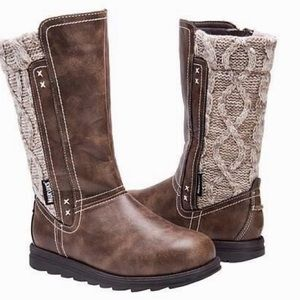 Woman's Muk Luk Brown Stacy Boots Size 8 NEW $109